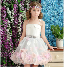 Flower Girl Wedding Dress Strap NZ - 2017 New Sweet Flower Girl Dresses for Wedding The Children Party Gown Straps A-line Short Photography Dress Custom