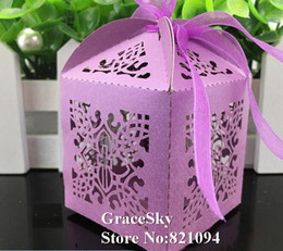$enCountryForm.capitalKeyWord Canada - 100pcs lot free shipping laser cutting lace corss flowers design paper candy chocolate snack boxes for wedding birthday party decoration