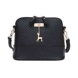 Chinese  2017 Women Messenger Bags Fashion Mini Bag With Deer Toy Shell Shape Bag Women Shoulder Bags manufacturers