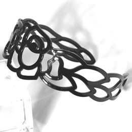 Plastic Hair Band Headband Canada - black plastic ladies Hair Clips Hair band Fashion gift Headwear Hair Accessories headband trendy hollow rose flower Hair accessory