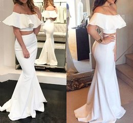 Barato Vestidos De Baile De Cetim De Duas Peças-Two Piece White Mermaid Evening Dresses Off Shoulder Comprimento do assoalho de cetim Saudita Arab Evening Vestidos Aso Ebi Black Prom Dresses