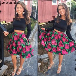 Barato Padrão Para Vestido De Festa Curto-Off Shoulder Short 2 Peças Floral Print Homecoming Dress A Line Flower Pattern Skirt Lewande 50583 Long Sleeve Sweet 16 Prom Party Gown