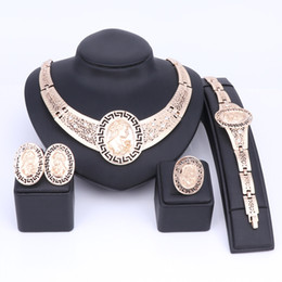 Discount designing women costumes - Gold Color Dubai Wedding Jewelry Set Nigeria Design Women Costume African Necklace Earrings Bracelet Ring Sets For Women