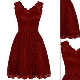 China 2017 Short Bridesmaids Dresses Gowns Burgundy Lace V-neck Real Photos A-line Corset Country Style Maid Of Honor Dress suppliers