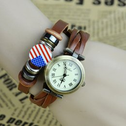 $enCountryForm.capitalKeyWord Canada - Free Shipping New Retro Personality US Flag Quartz Bracelet Bangle Retro Lovely Womens Girl Weave Wrap Around Leather Watch black brown