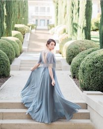 Barato Vestidos Longos Cinzentos Da Dama De Honra-Grey Chiffon Boho Vestidos de dama de honra V Backless Short Sleeve Long Wedding Guest Dresses Custom Maid of Honor Party Prom Gowns
