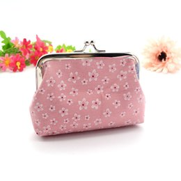 Wholesale Coin Purse Hand made Women Wallet Womens Retro Flowers Wallet Card Holder Coin Purse Clutch Handbag Vintage Casual Woman Purses