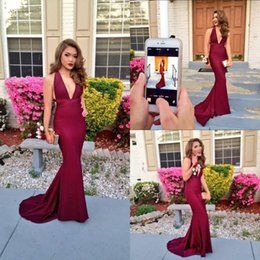Barato Longas Cortinas De Vestido-Sexy Long Borgonha Backless Mermaid Prom Vestidos 2017 Deep V-Neck Draped Tribunal Train For Women Vestidos de noite formal New Arrival