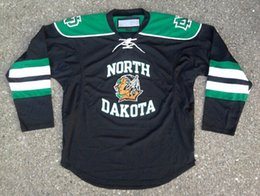 Chinese  Youth Kids North Dakota Hockey Jerseys Blank 7 TJ Oshie 9 Jonathan Toews 11 Zach Parise Fighting Sioux DAKOTA Hockey Jersey S-XL manufacturers