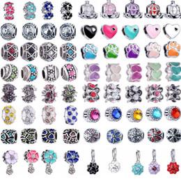 Vente en gros Clips en métal plaqué argent mélangés charmes de mulity perles Perles européennes Fit chaîne de serpent DIY Bracelets Résultats de bijoux