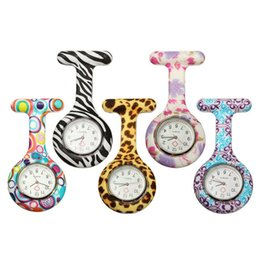 Silicone Nurse Watches 8 Colors Pocket Watch Candy Zebra Leopard Prints Soft Band Brooch For Christmas Birthday Gift