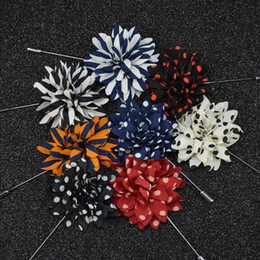 Black suits men china online shopping - Cheap Fashion Speckle Stripe Flower Brooch lapel Pins handmade Boutonniere Stick with fabric flowers for Gentleman suit wear Men Accessories