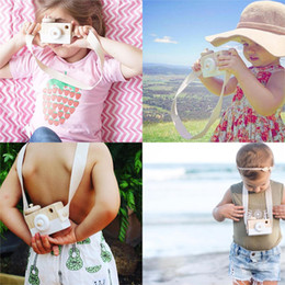 Neck Camera Canada - Cute Wooden Toy Camera Baby Kids Creative Neck Hanging Camera Photography Prop Decoration Children Playing House Decor Toy Gift