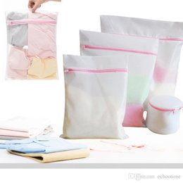 $enCountryForm.capitalKeyWord Canada - Factory Price!! 30*40CM Washing Machine Specialized Underwear Washing Lingerie Bag Mesh Bag Bra Washing Care Laundry Bag in Best quality