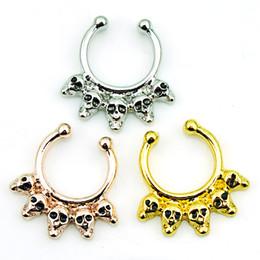 $enCountryForm.capitalKeyWord NZ - Mix Order 3 Color Nose Rings Stainless Steel Skull Shaped Loop Septum Hoop Fake Nose Studs Body Jewelry