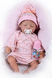 "Silicone Babies Girl Canada - 22"" Lifelike Silicone Doll Realistic Reborn Baby Sleeping Girl Alive Kids Play Doll Toy Collectible Baby Dolls"