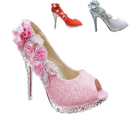Barato Sapatos De Casamento Com Flor Peep Toe-New Sparkling Open Toes Sapatos de casamento Piscine Mouth Fish Flower Beaded Shallow High Heel Pink Prata Gold Red Bridal Shoe para Dres