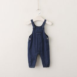 Barato Macacão Jeans Menina Denim-Baby Boy Clothes 2017 Kids Boys and Girls Denim Overalls Babies Fashion Casual Suspender Pants Kids Autumn Clothing