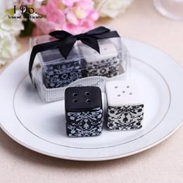 Venta al por mayor de Venta al por mayor- Envío gratuito Damasco Sal Pimienta Coctelera Favores de boda y regalos para invitados Recuerdos Decoración Evento Suministros para fiestas