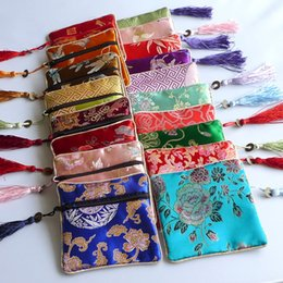 Sacs À Prix Avantageux Pas Cher-Cheap Small Zipper Gift Bag Coin Purse Tassel Soie Brocade Bijoux Packaging Pouch Wedding Party Favor Bags Sac en tissu de rangement 10pcs / lot