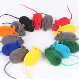 Ingrosso NUOVO Little Rubber Mouse Toy Rumore Suono Squeak Rat Talking giocattoli che giocano Regalo per Kitten Cat Play 6 * 3 * 2.5 cm 500 pz IB281