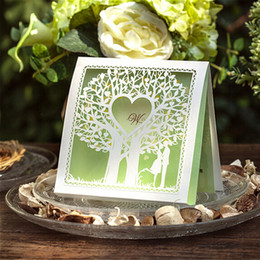 wholesale hot spring theme green color wedding invitation cards bride groom love heart design 150x 150mm wedding party invitation cards