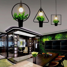 Lampadario in vaso d'epoca in pianta per lampada da giardino in stile industriale in Offerta