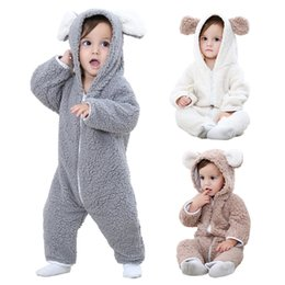 Barato Macacões De Lã De Bebê-Baby Fleece Romper Baby Boy Roupa macia Cartoon Animal Jumpsuit Infant Hooded Outfit Warm Girl Rompers Baby Clothing