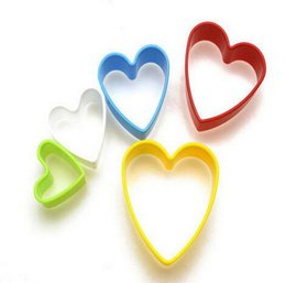 mold heart shaped cutter UK - 100sets lot,5pcs Set Plastic Heart Shape Sugarcraft Fondant Cutter Mold Cake Decorating Tools Cookie Cutters Paste Mould Kitchen