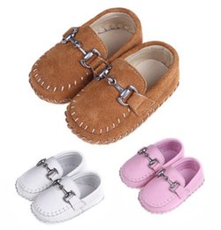 Handmade suede sHoes online shopping - New Infant Toddler Walking Shoes Full Handmade Sewing Moccasins Genuine Suede Leather Patchwork Slip on Anti slip Anti friction Soft Sole