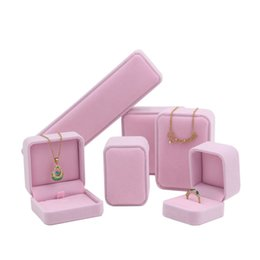 $enCountryForm.capitalKeyWord UK - Pink Jewelry Gift Packaging Box Velvet Ring Cufflink Earring Pendant Charm Necklace Bangle Bracelet Brooch Jewellery Packing Boxes
