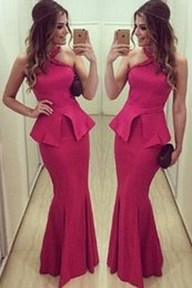 Barato Celebridades Dia Vestido-Mãe do presente do dia de 2016 Halter Rosa Cruz Neck Backless Peplum Mermaid Vestido Longo Formal Prom Vestidos celebridade Cocktail Party Maxi Vestido