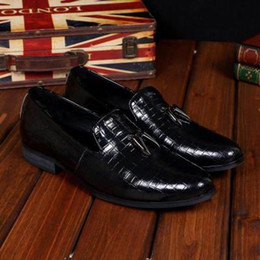 Discount black boat dress shoes mens - Hot Selling Luxury Mens Black Dress Shoes Fashion Business Leisure Leather Slip On Flat Shoes For Mens Office Career Boa