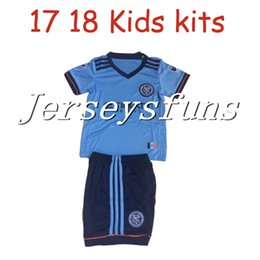 Spandex Masculin Pas Cher-2017 Enfants Enfants New York City MLS Soccer Jersey 17 18 Chemises de football Kids Youth Boys NYC Accueil Pirlo Camiseta de futbol DAVID VILLA RING