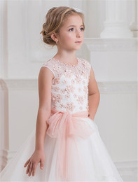 long red sleeveless vest 2020 - Pink Flower Girls' Dresses For Wedding Lace Applique Ruffles Kids Formal Wear Sleeveless Long Beach Girl's Pag