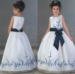 Barato Vestidos Baratos Do Natal Para Crianças-2017 Elegant Appliques Vestidos para meninas Jewel Sleeveless Andar Comprimento Girls Siteant Dresses Cheap Custom Made Children Vestidos de festa de Natal