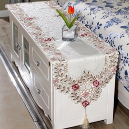 Dining Table Runner Embroidery Online