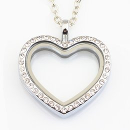 China 10PCS Heart Locket Necklace Jewelry Magnetic Floating Heart Locket Pendant Glass Living Crystal Locket With Chains cheap living necklaces suppliers