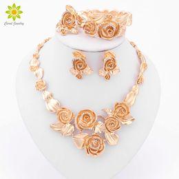 Dubai briDal jewelry set online shopping - 2017 New Design Women Fashion Bridal Wedding Costume Jewelry Sets Gold Plated Elegant Romantic Dubai African