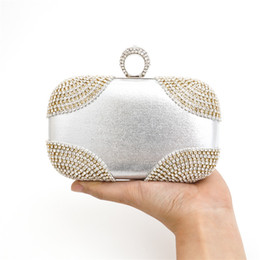 $enCountryForm.capitalKeyWord NZ - New Arrival 2016 Fashion Design Diamond Finger Ring Shinying Evening Bags Classic Luxury bling Day Clutch for wedding ,Party Bag