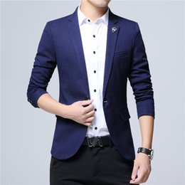 Barato Casaco Homens Pequenos De Estilo Coreano-New Style Men's Suit Slim Fit Blazer Men Style Juventude Versão coreana Trend leisure Single Western Self-Cultivation Coat Men's Small Suit