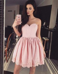 $enCountryForm.capitalKeyWord NZ - Cute Sweetheart Mini Prom Dresses A-line Lace Appliques Pink Short Cocktail Party Gown Homecoming Dress Custom Made