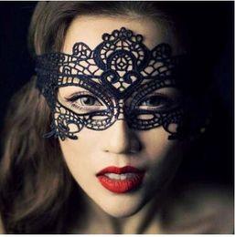 $enCountryForm.capitalKeyWord Canada - Fashion Hot New Masquerade Halloween Exquisite Lace Half Face Mask For Lady Black White Option Fashion Sexy