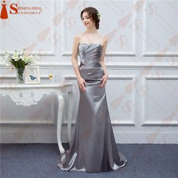 Barato Barato Vestido De Noite De Prata Longo-Silver Grey Evening Dresses Long Satin Seda Satin Shining Crystals Frisado Cheap Formal Evening Gown Prom Real Fotos Free Ship