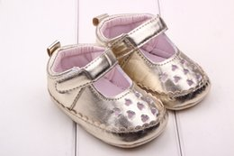 Brown Toddler Sandals Australia - 3Colour 3Size Baby Summer Shones Baby Heart-shaped Toddler Shoes Baby Girl Leisure Collocation Sandals Shoes Cute Girls Shoes