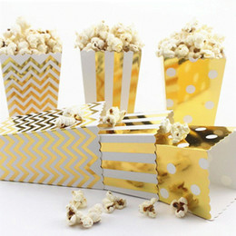 Movie box candy online shopping - 2000pcs Gold Silver Stiff Paper Party Popcorn Boxes Pop Corn Candy Sanck Favor Bags Wedding Birthday Movie Party Tableware