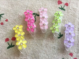 Dog Grooming Hair Clip Australia - New !!! 30pcs Pet dog cat hair flower mix Cute Dog headdress Dog hairpin plasic clip pet grooming