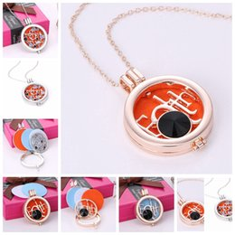 $enCountryForm.capitalKeyWord NZ - Antique Silver Rose Gold Letters Aromatherapy Jewelry Essential Oil Diffuser Floating Hollow Locket Pendant Necklace With Rhinestone