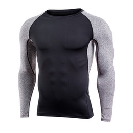 China Brand Men Quick Dry Compression t Shirt Long Sleeves Training tshirt Fitness Clothing Print Bodybuilding Gym Athletic Exercise Sport Shirt cheap athletics clothing suppliers