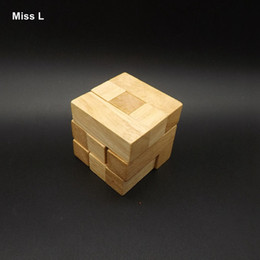 Discount tetris block Kongming Lock Wooden Tetris Cube 7 Piece Blocks In One Adult Toys Recreational Brain Teaser Game